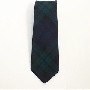 Cloth by Strathmore wool Neck tie Forfar Scotland